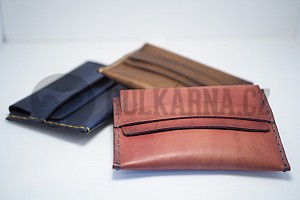Tenká kožená peněženka